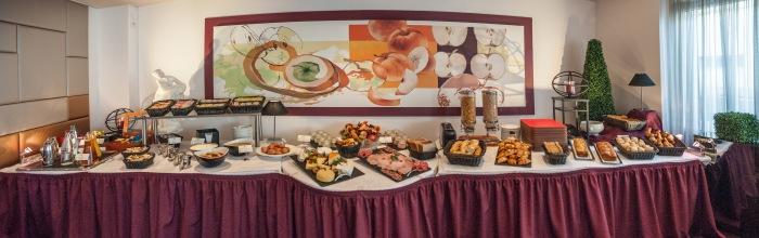 buffet petit déjeuner FRÜHSTÜCKSBÜFFET